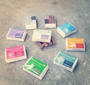 prodotti cosmetici, creme e saponi naturali fatti a mano