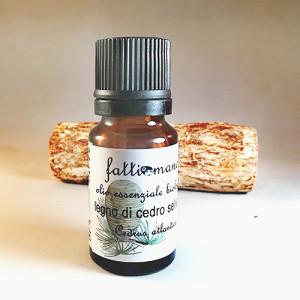 Olio essenziale di legno di cedro biologico selvatico