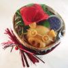 confezione regalo composto da cestino in bamboo solidale Laos, un sapone maialoso arancio e carota e una crema solida piedi canapa limone e tea tree