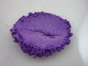 Mica viola violet